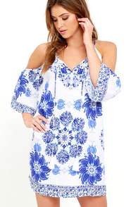 Morning In Rio Blue And Ivory Print Shift Dress at Lulus.com!