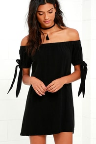 Al Fresco Evenings Black Off-the-Shoulder Dress at Lulus.com!