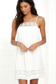 Western Winds White Lace Shift Dress