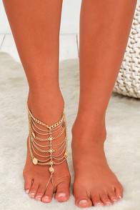 Skipping on Sunshine Gold Foot Bracelet