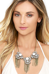 Sparkling Bouquet Gold and White Rhinestone Necklace