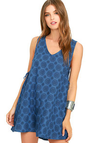 Lucy Love Sundial Blue Print Shift Dress
