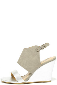 CL by Laundry Baja Silver Multi Wedge Sandals