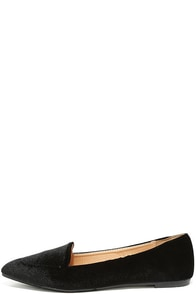 Lounge Star Black Velvet Pointed Loafers