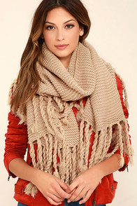 Destination Toasty Beige Knit Scarf