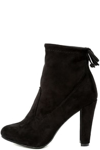 Breckelle's Mandy Black Suede Ankle Booties
