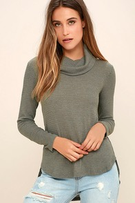 Olive & Oak Willis Grey Long Sleeve Top