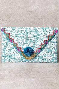 Bailando Turquoise Print Beaded Clutch