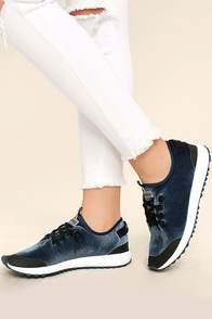 Coolway Tahalifit Royal Blue Velvet Sneakers Image