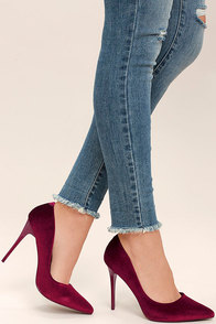 Frannie Burgundy Velvet Pointed Pumps Image