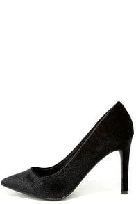 Valerie Black Velvet Pointed Pumps