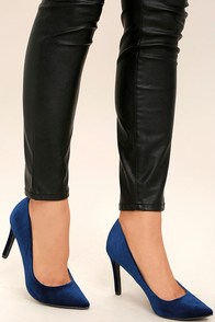 Valerie Blue Velvet Pointed Pumps