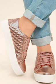 Leeloo Rose Gold Quilted Flatform Sneakers Image