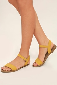 Steve Madden Donddi Yellow Nubuck Leather Flat Sandals Image