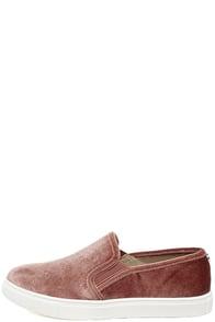 Steve Madden Ecntrcv Blush Velvet Slip-On Sneakers