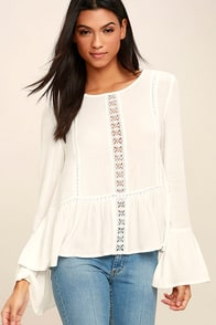 Beautiful Dreamer White Lace Long Sleeve Top