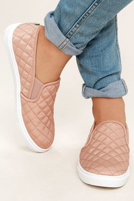 Steve Madden Ecntrcqt Blush Quilted Slip-On Sneakers