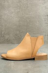 Musse & Cloud Ciara Tan Leather Peep-Toe Booties