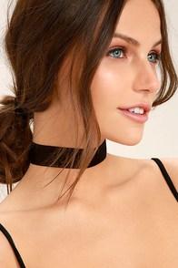Tranloev Shape of My Heart Black Choker Necklace
