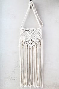 Mahala Cream Crochet Fringe Purse