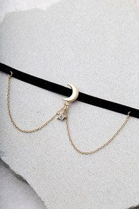 Shoot For The Stars Black And Gold Choker Necklace at Lulus.com!