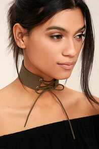 Come-Hither Olive Green Lace-Up Choker Necklace