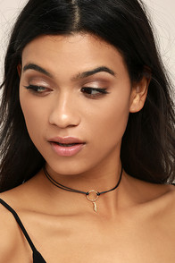 Zephyr Black and Gold Choker Necklace