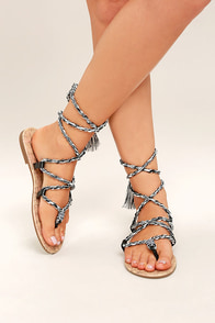 Circus by Sam Edelman Beth Black Lace-Up Flat Sandals