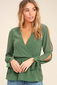 Mutual Attraction Green Long Sleeve Top