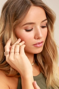 Perfect Touch Gold Ring Set