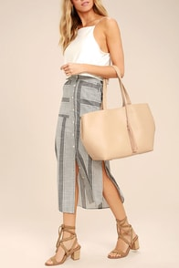 Timeless Beauty Beige Tote
