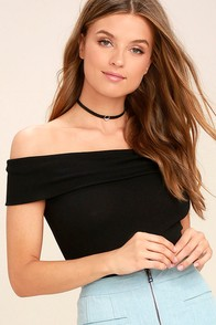 Goal-Oriented Black Off-the-Shoulder Bodysuit
