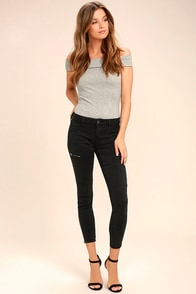 Self-Assured Black Skinny Jeans
