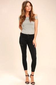 Self-Assured Black Skinny Jeans