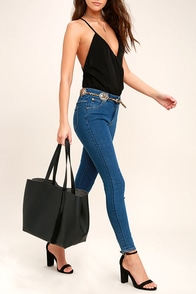 Timeless Beauty Black Tote