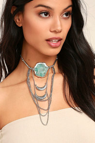 Style Revolution Turquoise and Silver Necklace
