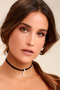 Shoot for the Stars Black and Silver Choker Necklace