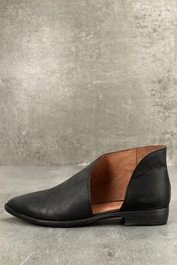 Free People Royale Black Leather D'Orsay Pointed Toe Booties