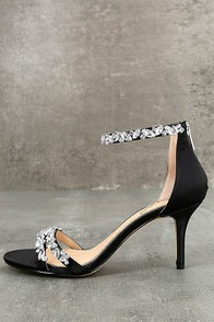 Jewel by Badgley Mischka Caroline Black Satin Heels