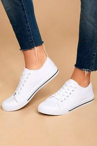 Americana White Canvas Sneakers