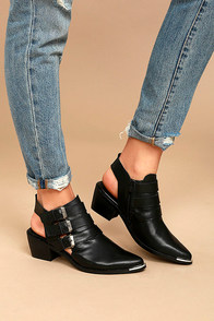 Sixtyseven 78551 Napa Black Leather Pointed Ankle Booties
