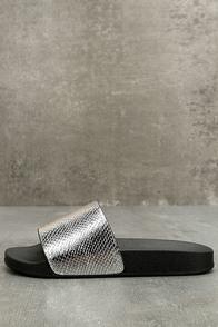 Glamorous Quinn Metallic Silver Slide Sandals