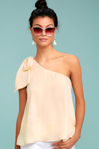 Apolline Cream One-Shoulder Top