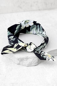 Hula Time Black Print Bandanna