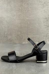 Lila Grace Black High Heel Sandals
