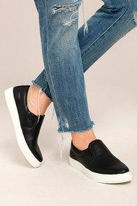 Ninette Black Slip-On Sneakers