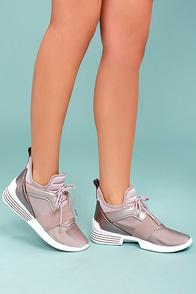 Kendall + Kylie Braydin3 Light Pink Hidden Wedge Sneakers