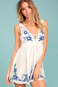 Free People Aida White Embroidered Slip at Lulus.com!
