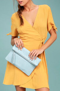 Go Girl Light Blue Clutch