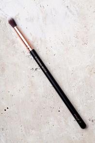 M.O.T.D Cosmetics Blending Bestie Makeup Brush